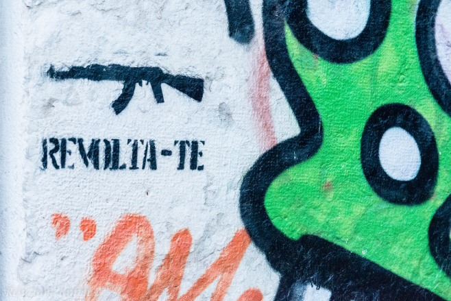 Lisboa graffiti – The revolution is coming (v)